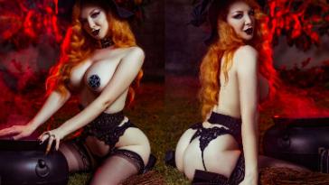 NudeCosplayGirls.com - Ashlynne Dae nude Halloween Witch