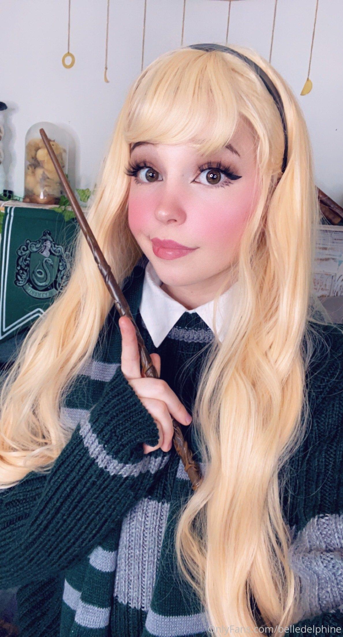 Belle Delphine Hogwarts Student Set 0022