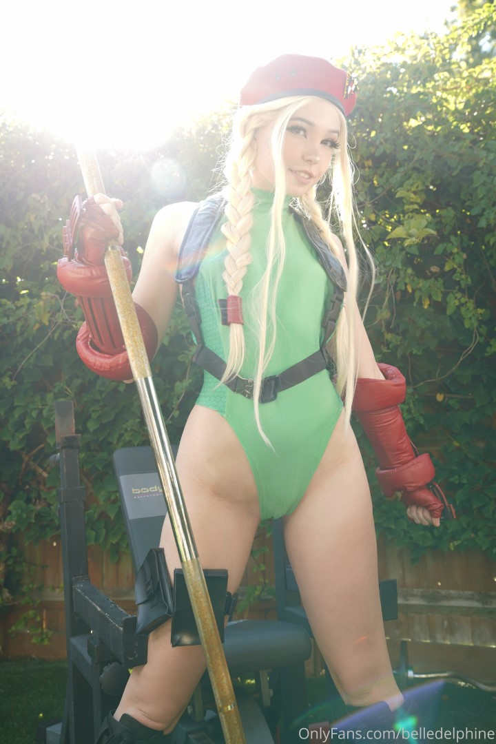 Belle Delphine Cammy Street Fighter Set 0163