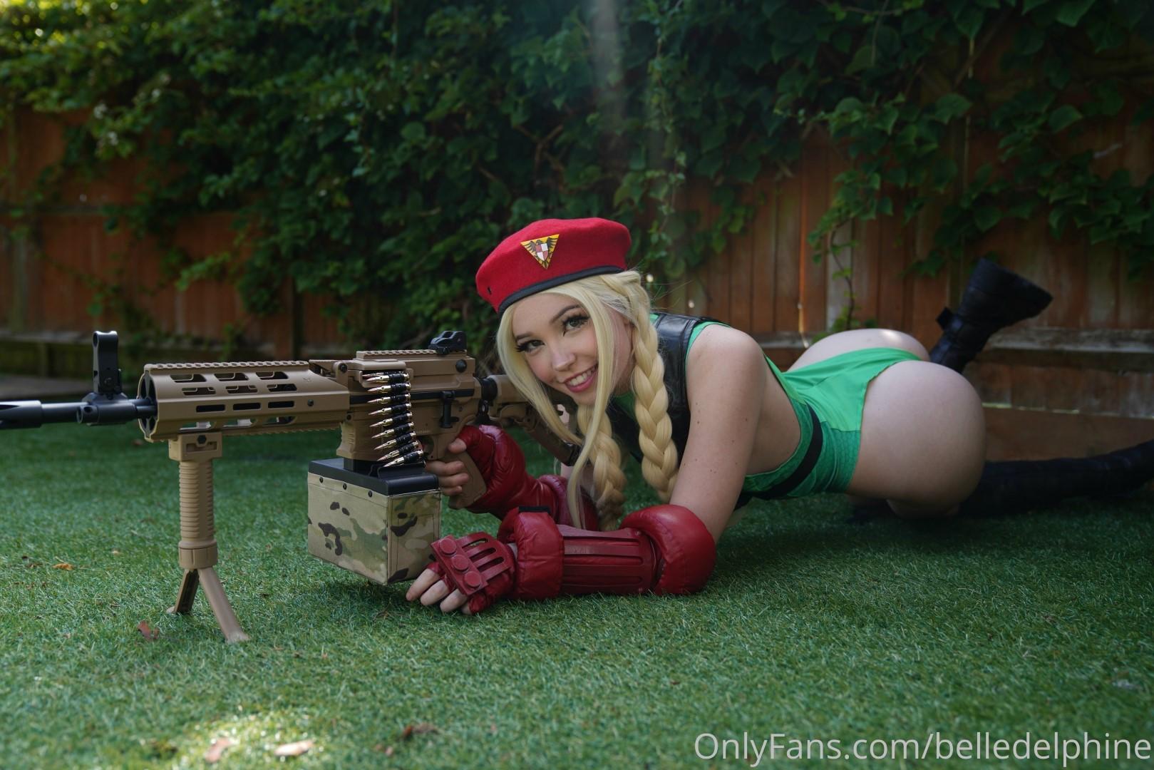 Belle Delphine Cammy Street Fighter Set 0195