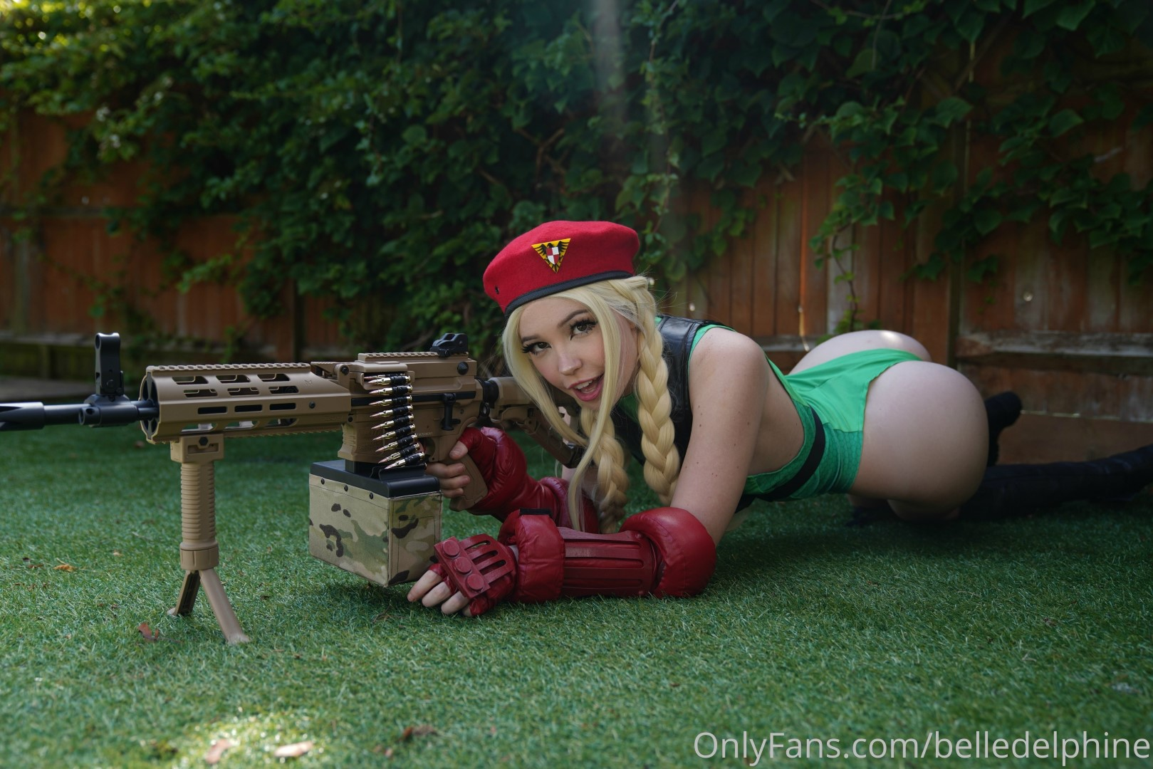 Belle Delphine Cammy Street Fighter Set 0197