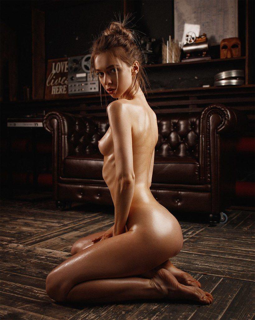 Nudist Oceanside Stunner Anna S Goes Naked On Public Beach Naturist Voyeur