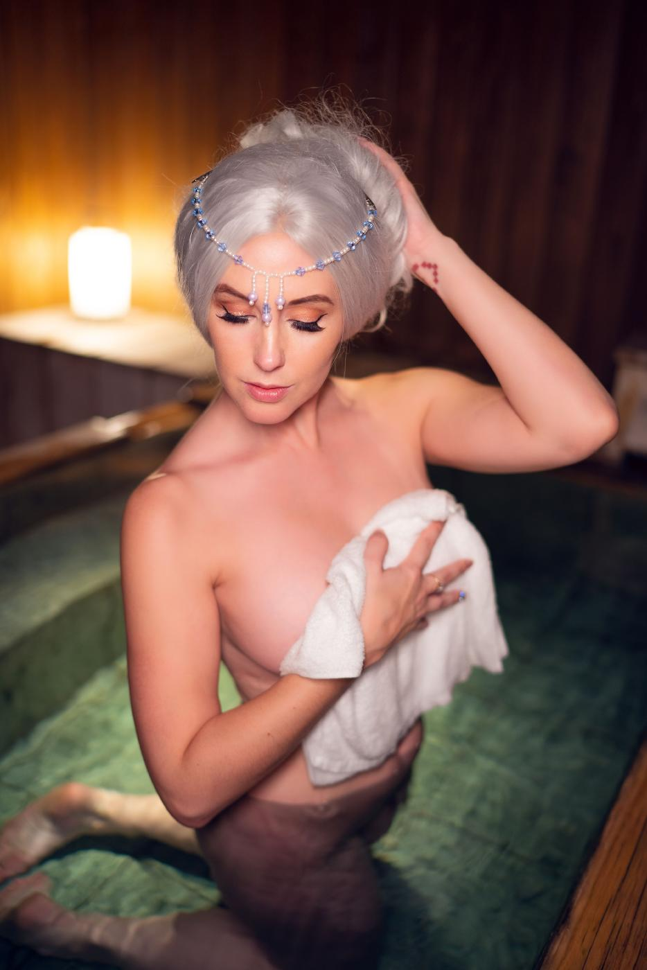 Meg Turney Onlyfans Nude Winter Goddess Onsen Leaked0007