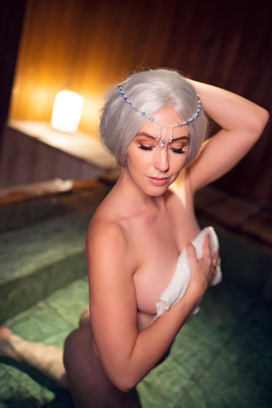 Meg Turney Onlyfans Nude Winter Goddess Onsen Leaked0009